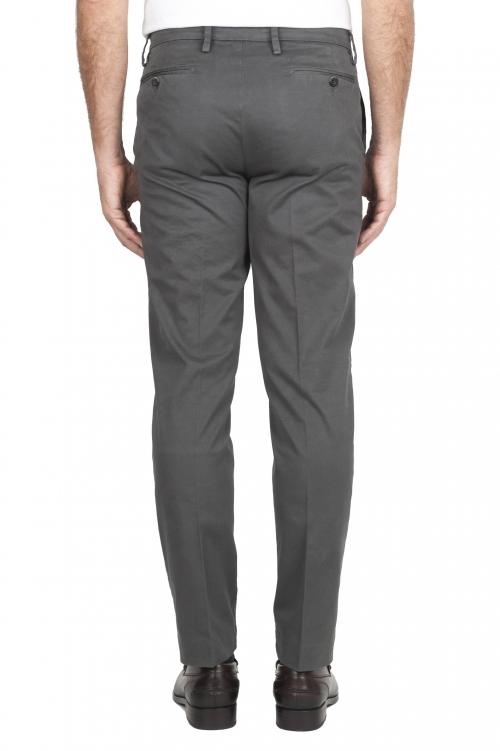 SBU 02921_2020AW Pantalon chino classique en coton stretch gris 01