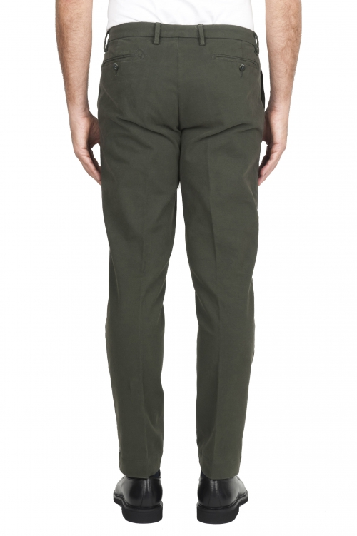 SBU 02926_2020AW Classic chino pants in green stretch cotton 01