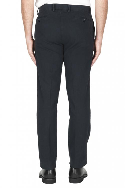SBU 02935_2020AW Pantalón chino ojo de perdiz en algodón elástico azul marino 01