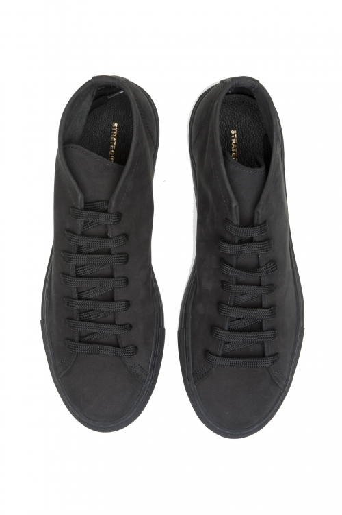 SBU 02968_2020AW Mid top lace up sneakers in black nubuck leather 01
