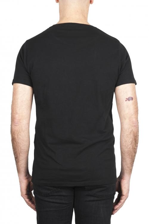 SBU 03066_2020AW Camiseta de algodón con cuello redondo en color negro 01