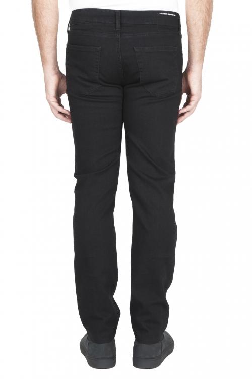 SBU 03117_2020AW Vaqueros de algodón elástico negro teñido con tinta natural 01