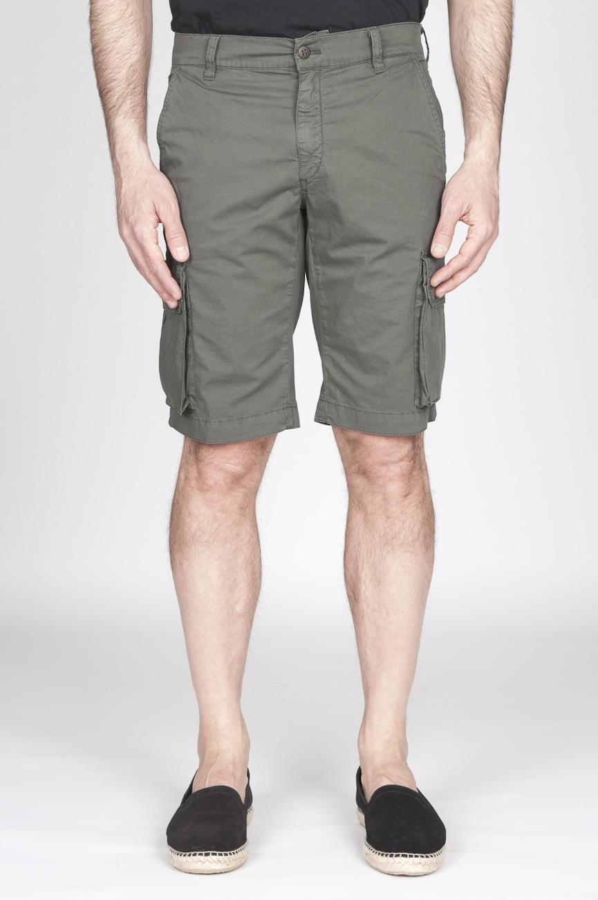 Bermuda Cargo Shorts In Cotone Elasticizzato Verde Militare