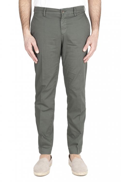 SBU 03253_2021SS Pantalón chino clásico en algodón elástico verde 01