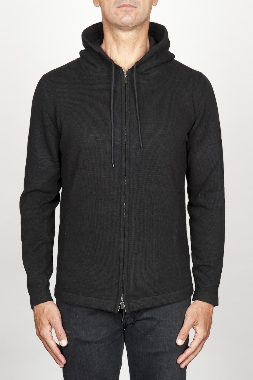 SBU 00942 Veste cachemire noir avec capuche et zip 01