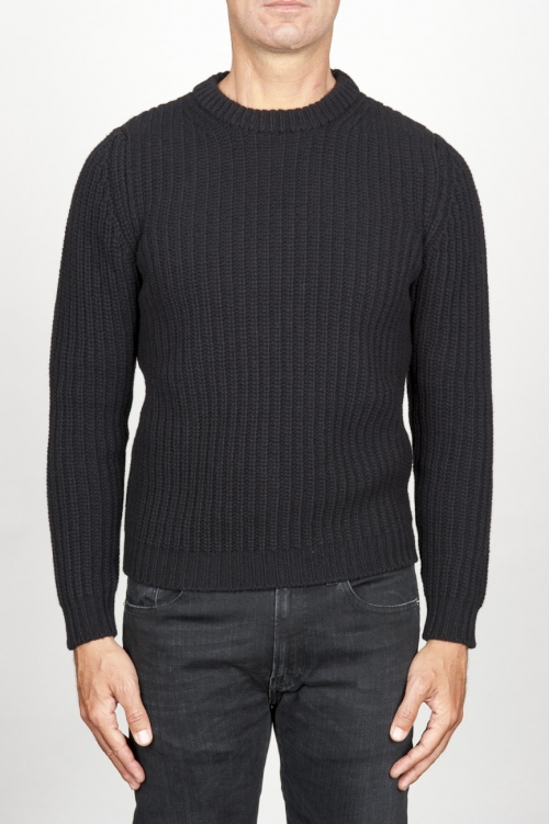 SBU 00945 Classic crew neck sweater in black pure wool fisherman's rib 01