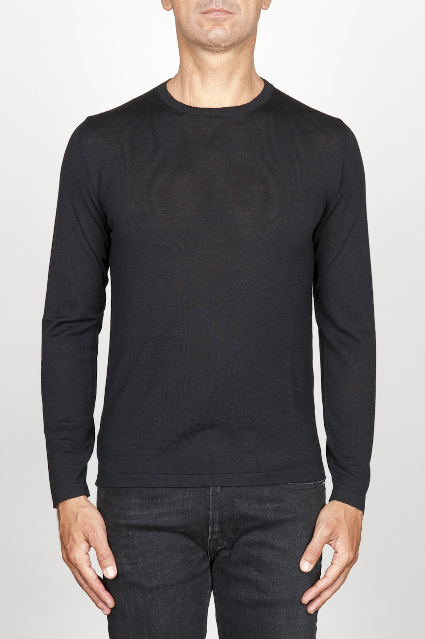 SBU 00948 Classic crew neck sweater in black merino wool 01