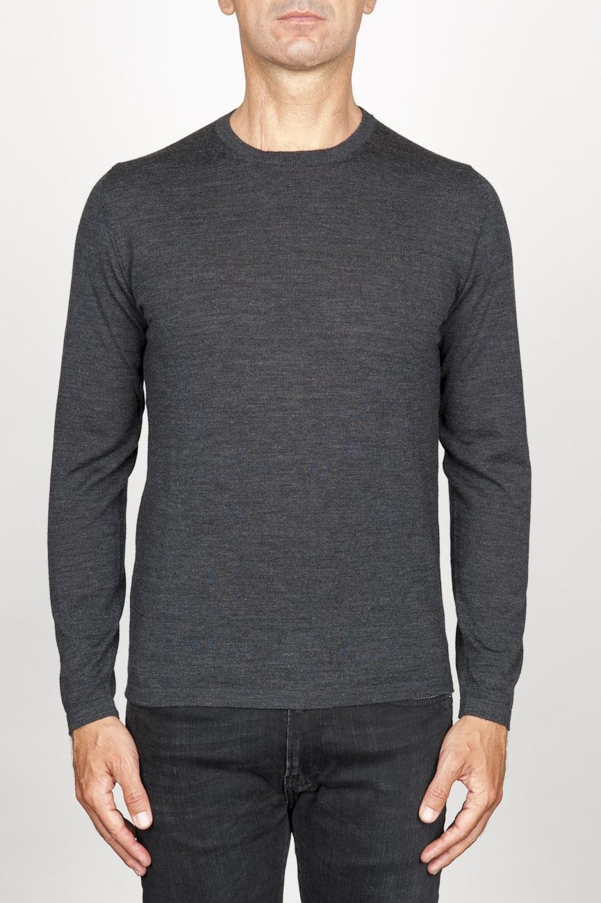 SBU 00949 Suéter clásico de cuello redondo en lana merina gris 01