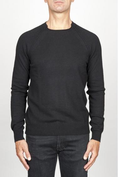 SBU 00960 Pullover giro collo a taglio vivo nero in lana merino 01