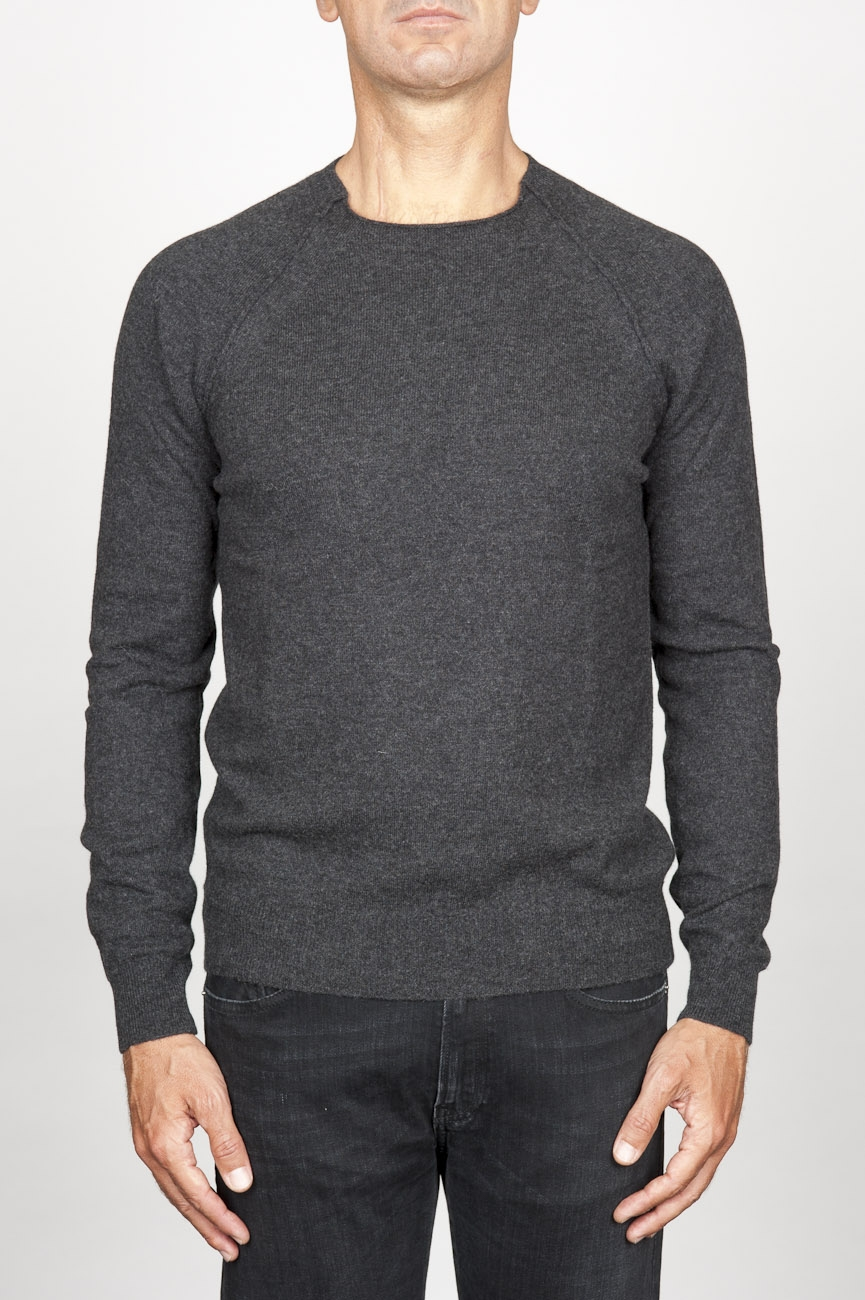 SBU 00961 Round neck sweater in grey merino wool raw cut neckline 01