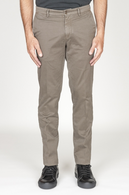 Pantaloni chino classici in cotone stretch marrone tortora
