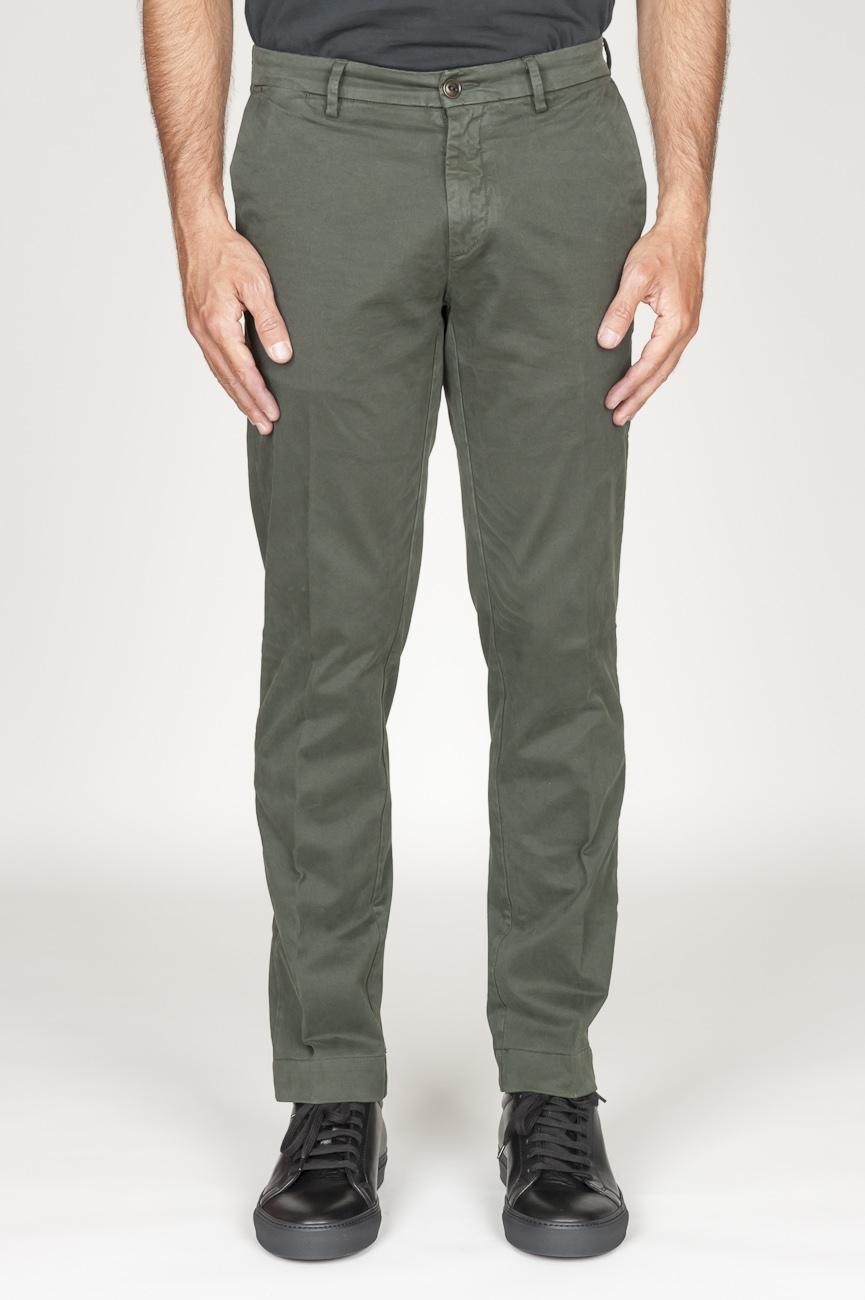 SBU 00971 Clásico pantalón chino en algodón elástico verde 01