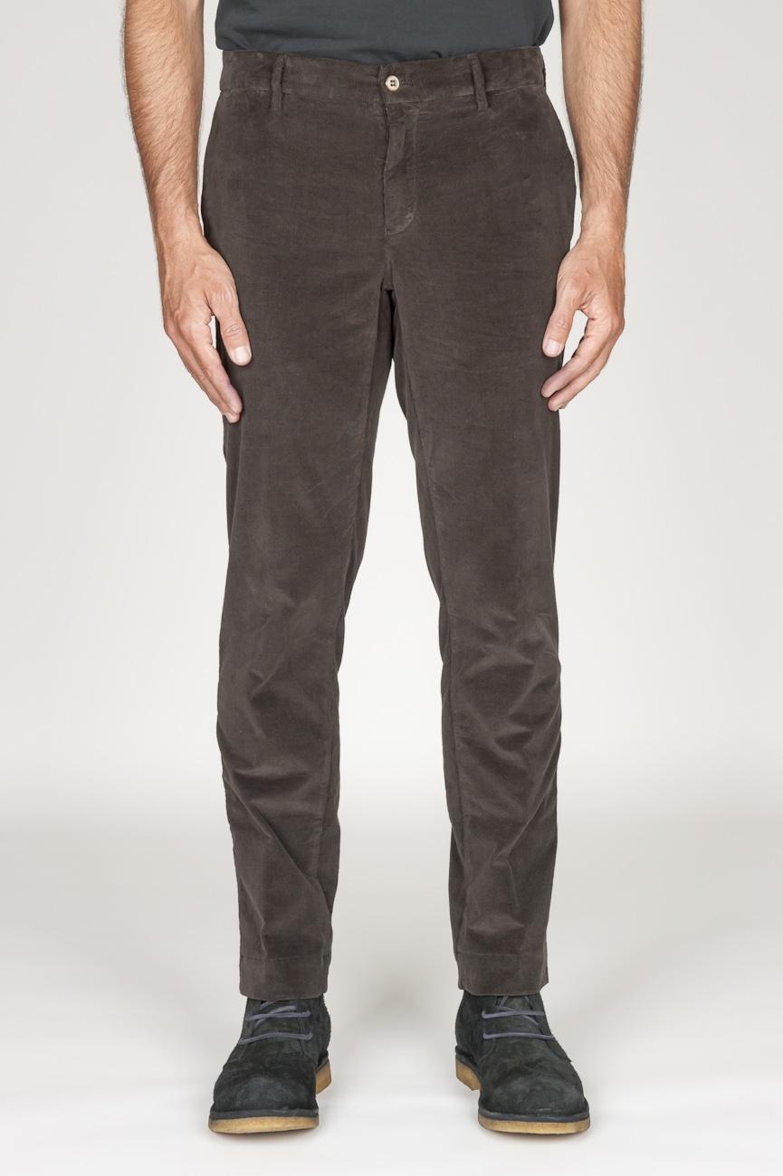SBU 00974 Pantalón chino clásico en pana de algodón elástico marrón 01