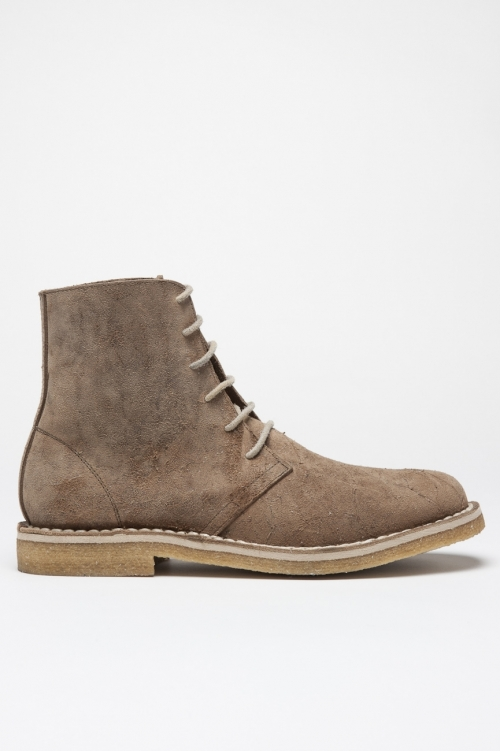 Classic desert boots high top in pelle oliata beige