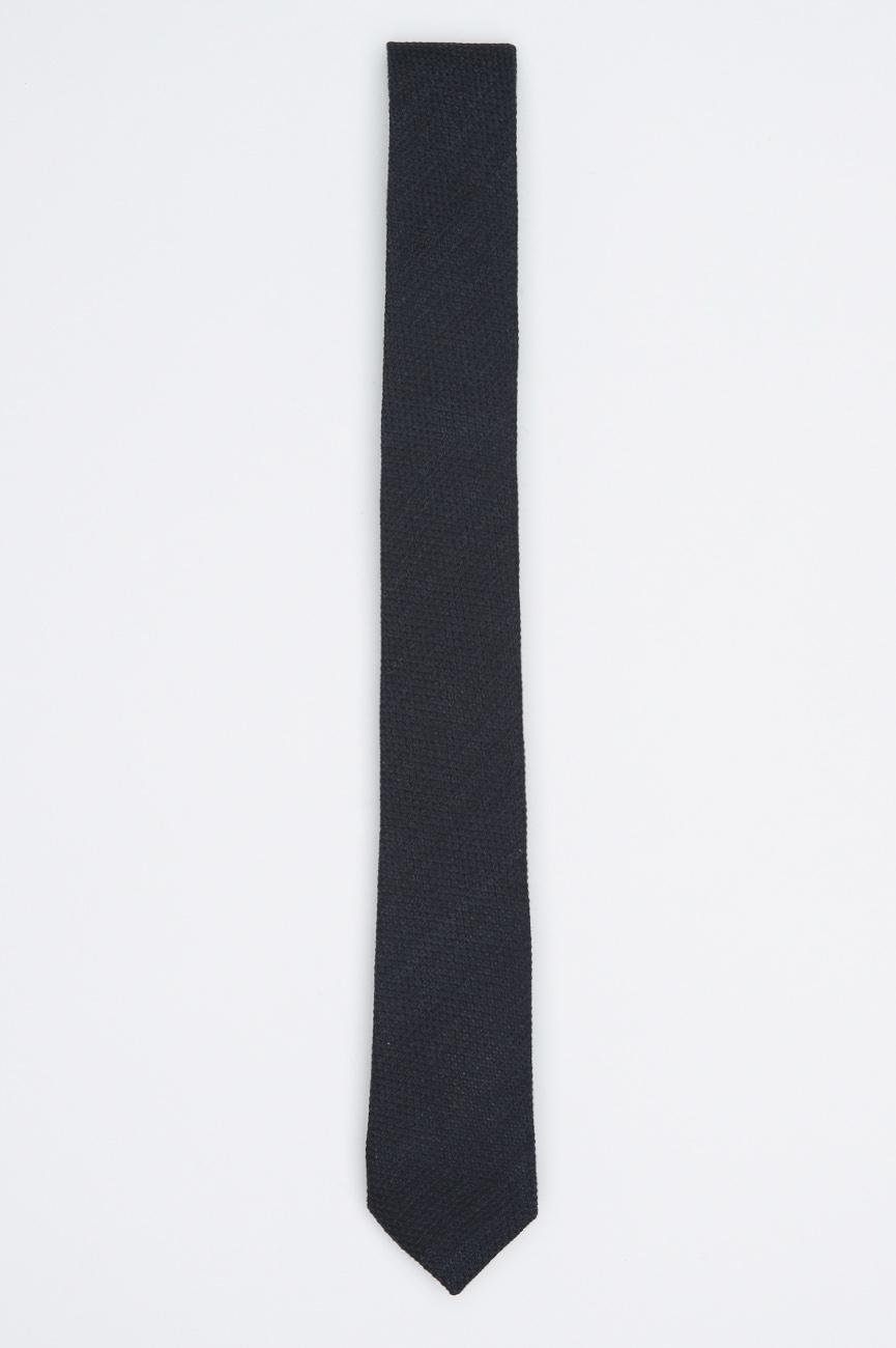SBU 01027 Clásica corbata fina y puntiaguda en lana negra y seda 01