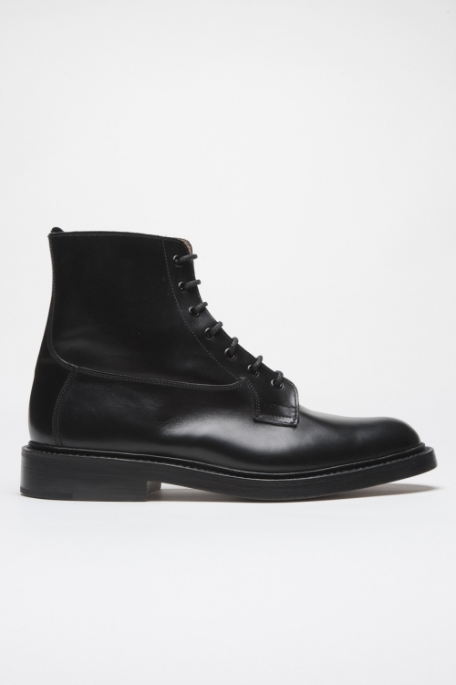 Tricker's for sbu classic boot with leather sole black