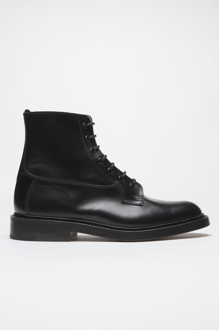SBU 01033 Tricker's for sbu classic boot with leather sole black 01