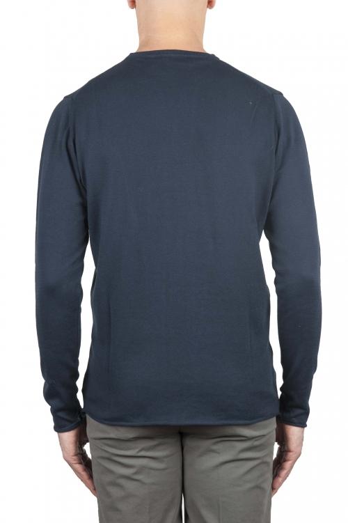 Suéter de corte crudo en cuello redondo