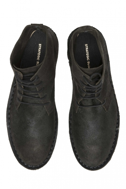 SBU 01508 Classic high top desert boots in pelle oleata nera 01