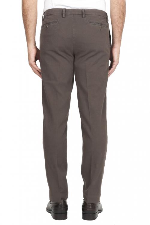 SBU 01539 Pantalones chinos clásicos en algodón elástico marrón 01