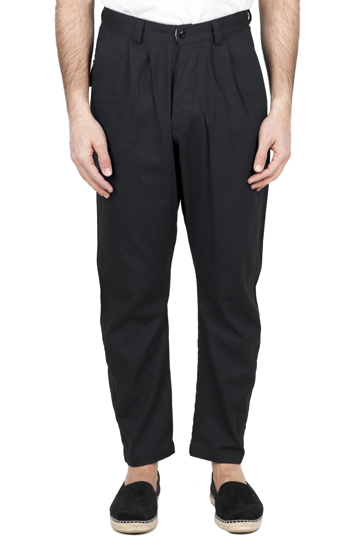 SBU 01674 Pantalón japonés de dos pinzas en algodón negro 01