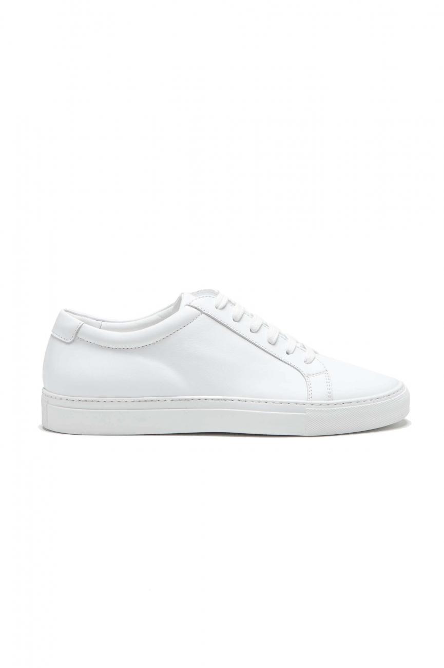 SBU 01526 Zapatillas clásicas con cordones en piel de becerro blancas 01
