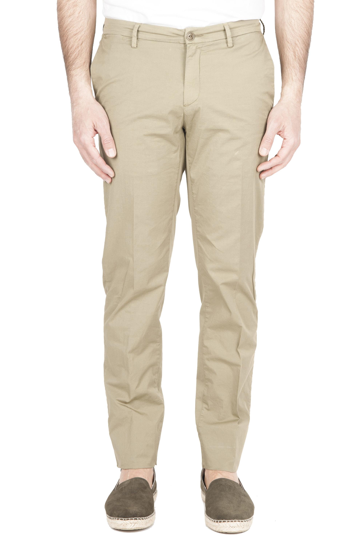 SBU 01778 Pantalón chino ultraligero en algodón elástico verde 01