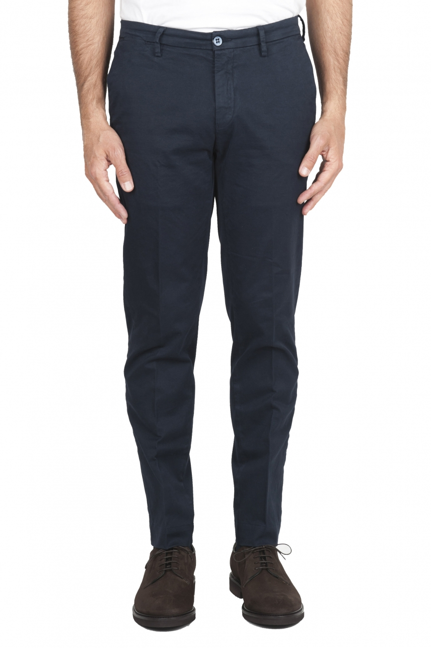 SBU 01533_19AW Pantalones chinos clásicos en algodón elástico azul 01