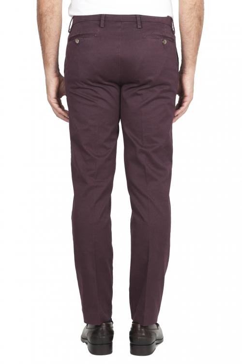 SBU 01535_19AW Pantalones chinos clásicos en algodón elástico rojo 01