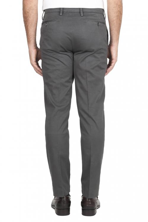 SBU 01536_19AW Pantalones chinos clásicos en algodón elástico gris 01