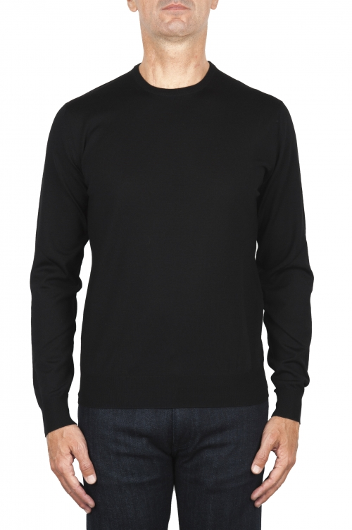 SBU 01875_19AW Jersey negro con cuello redondo en lana merino extra fino 01