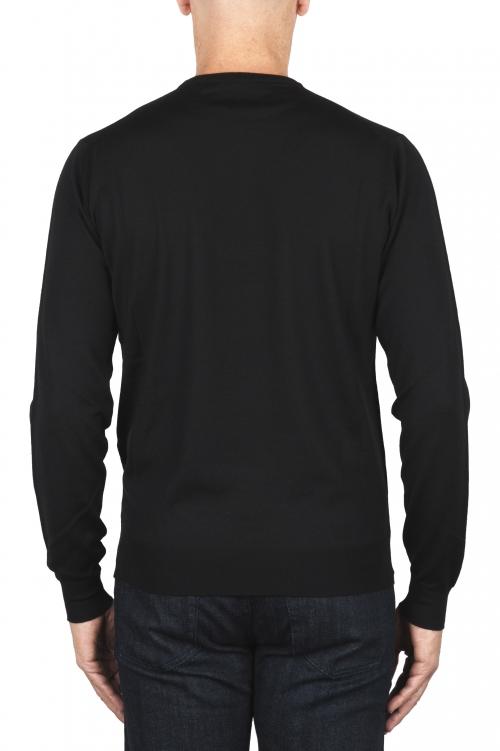 SBU 01875_19AW Pull à col rond noir en laine mérinos extra fine 01
