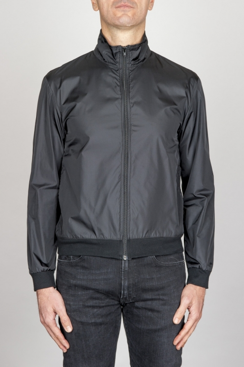 Giubbino Windbreaker Antivento In Nylon Ultra Leggero Nero