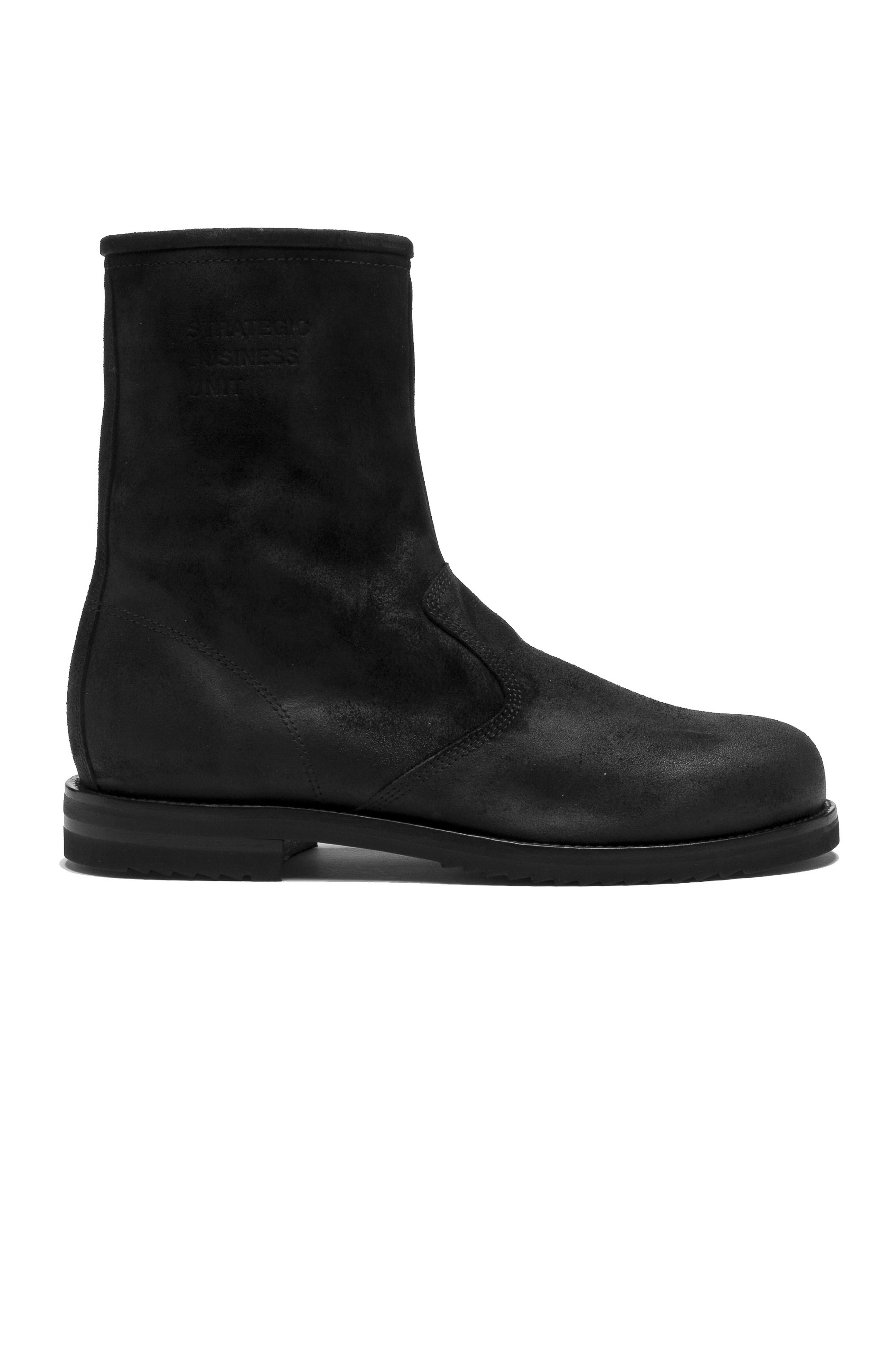 SBU 01529_19AW Classic motorcycle boots in black oiled leather 01