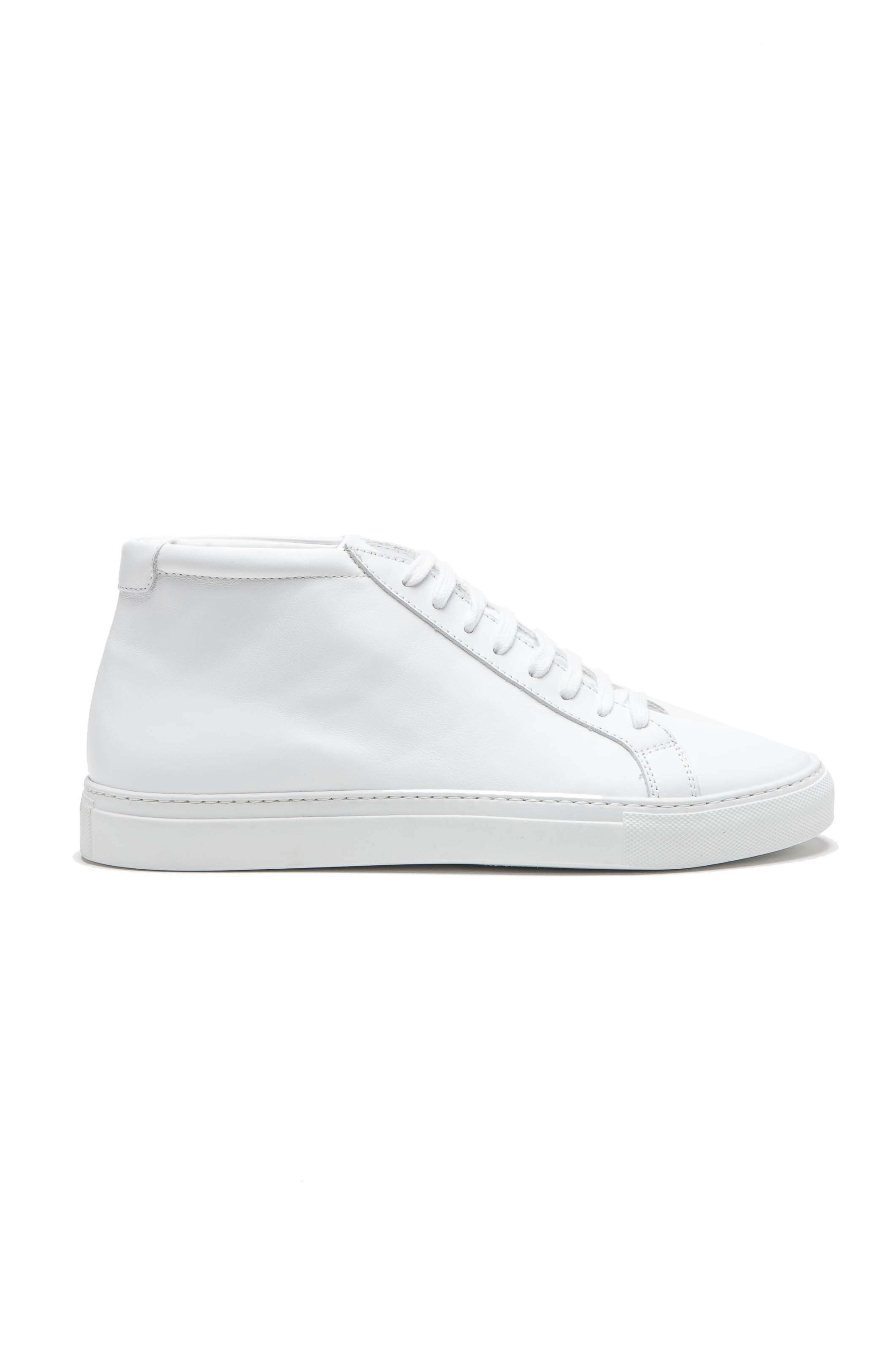 SBU 01523_19AW Mid top lace up sneakers in white calfskin leather 01