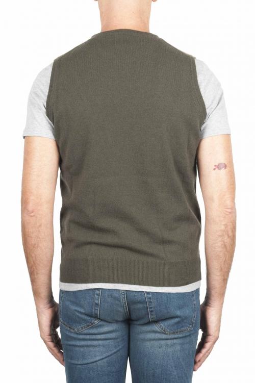SBU 01488_19AW Chaleco verde de cuello redondo en lana merino y cachemira 01