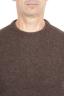 SBU 01469_19AW Suéter marrón de cuello redondo en lana boucle merino extra fina 04