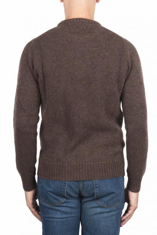 SBU 01469_19AW Pull à col rond marron en laine mérinos bouclée extra fine 01