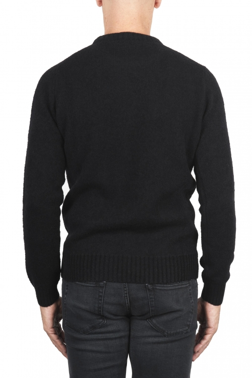 SBU 01471_19AW Maglia girocollo in lana merino bouclé extra fine nera 01