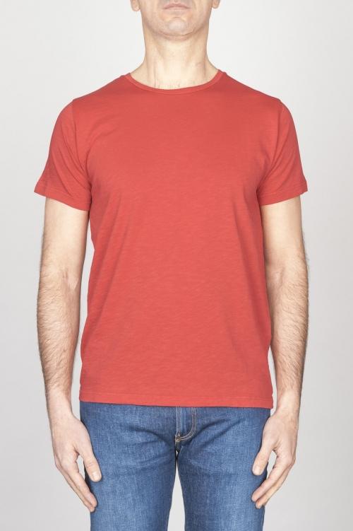 Shirt classique rouge col rond ouvert manches courtes en coton flammé
