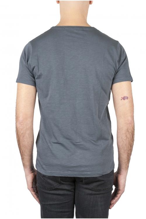 SBU 01641_19AW Camiseta de algodón con cuello redondo en color gris oscuro 01