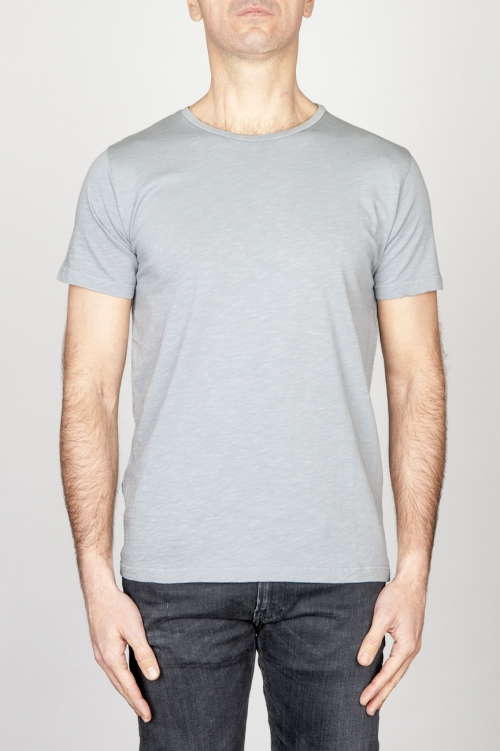 Clásica camiseta de cuello redondo amplio gris claro manga corta de algodón flameado