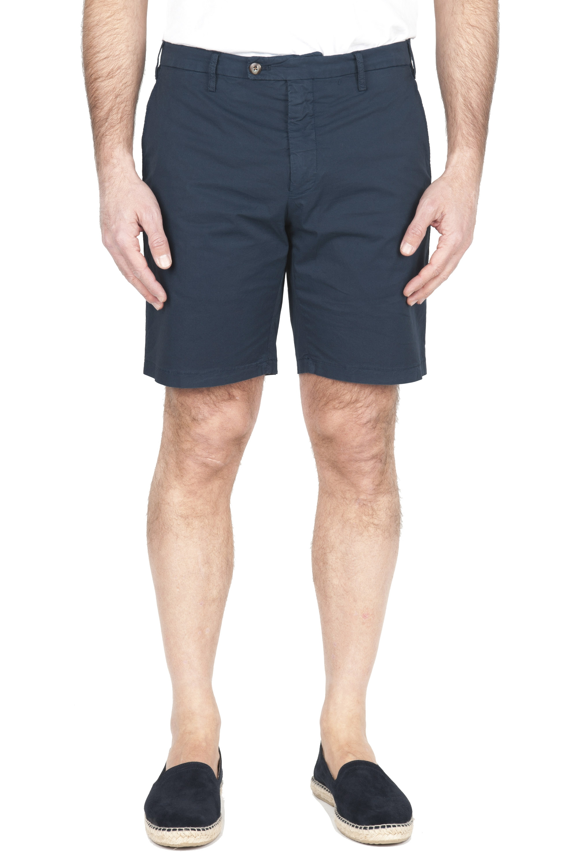 SBU 01955_2020SS Ultra-light chino short pants in navy blue stretch cotton 01