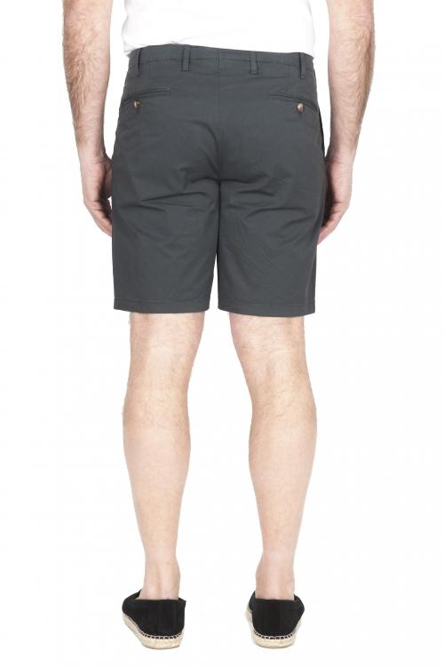 SBU 01957_2020SS Ultra-light chino short pants in grey stretch cotton 01