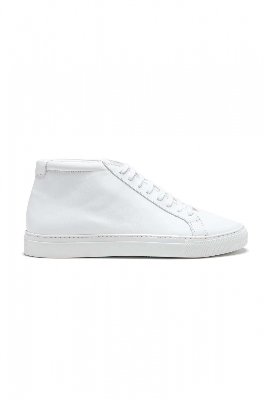 SBU 01523_2020SS Mid top lace up sneakers in white calfskin leather 01
