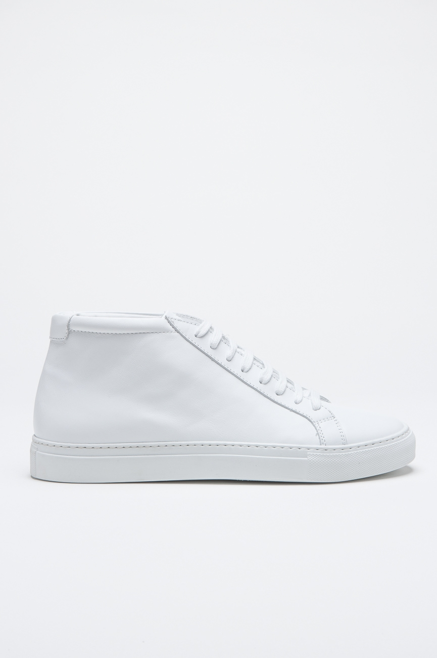 Classic Mid Top Sneakers In White Calf-Skin Leather