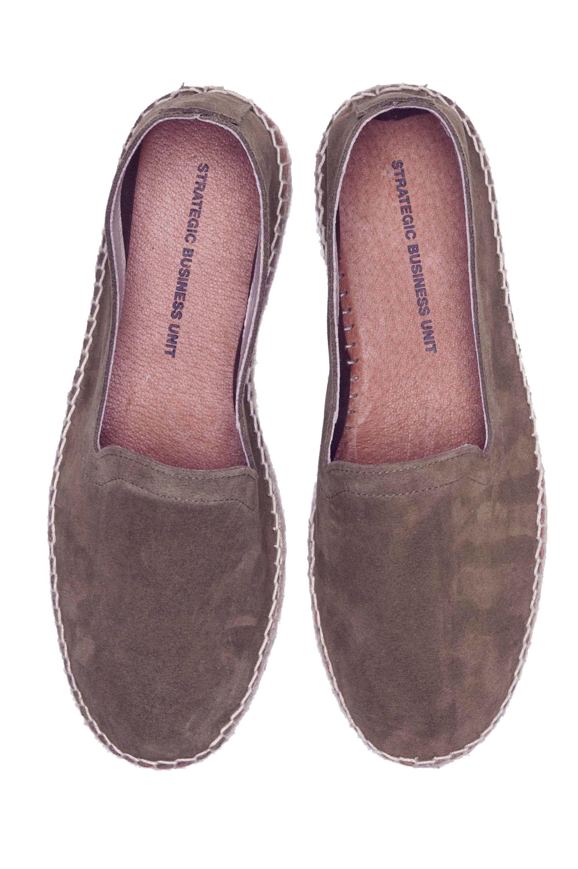 SBU Footwear Collection